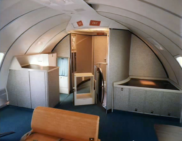 Airline-in-70s-13