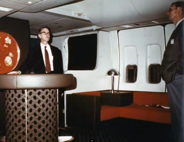 Airline-in-70s-14