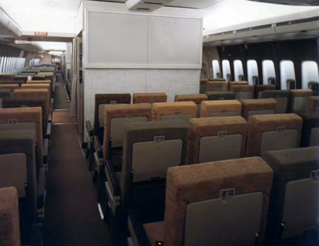 Airline-in-70s-19