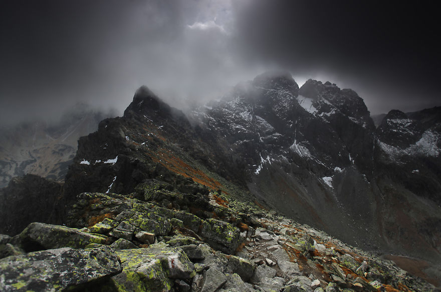 Karol-Nienartowicz-Mountain-Photographer-32
